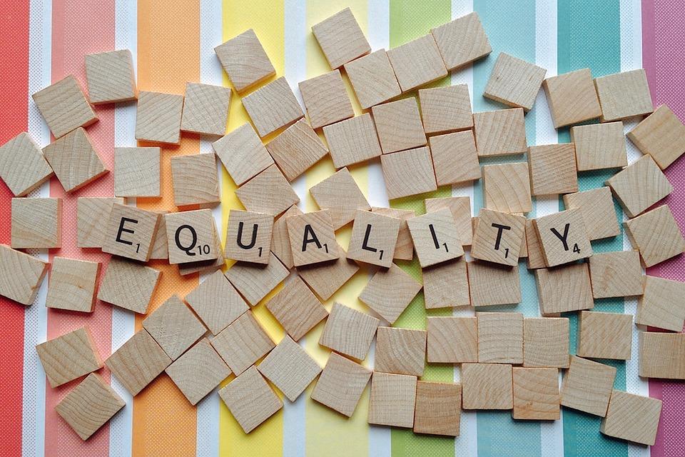 equal-2495950_960_720 (1)