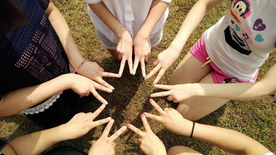team-building-1381084_960_720