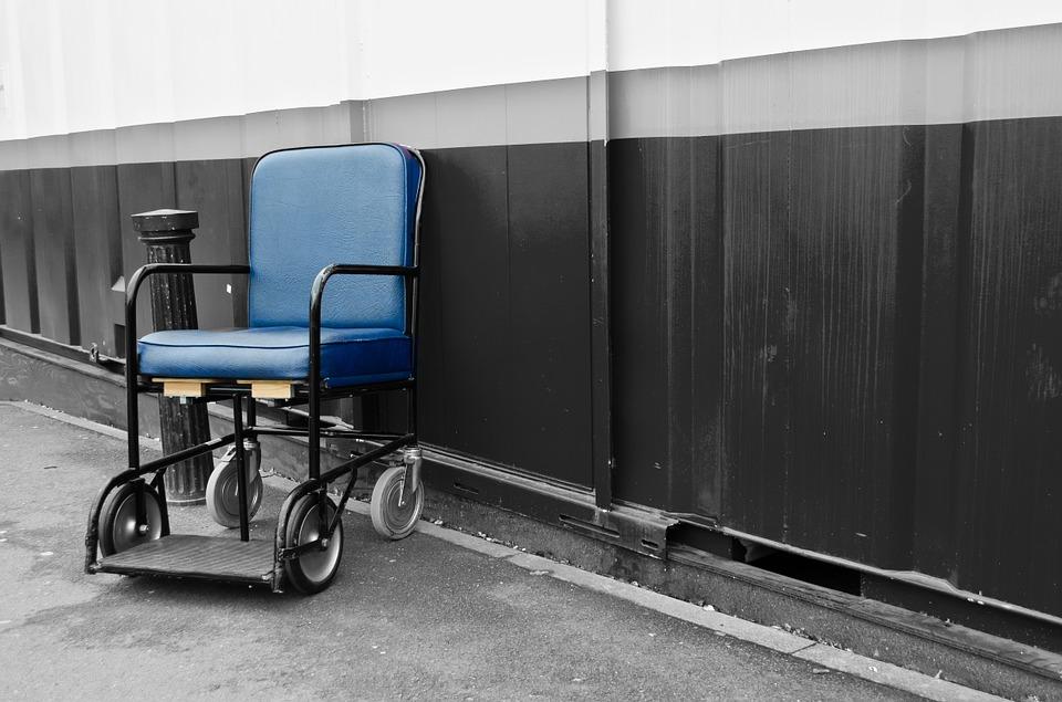chair-89156_960_720
