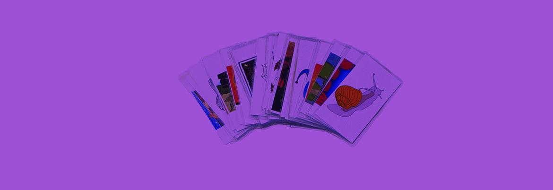 Дети играют в карты пока родители на работе рулетка i играть на деньги